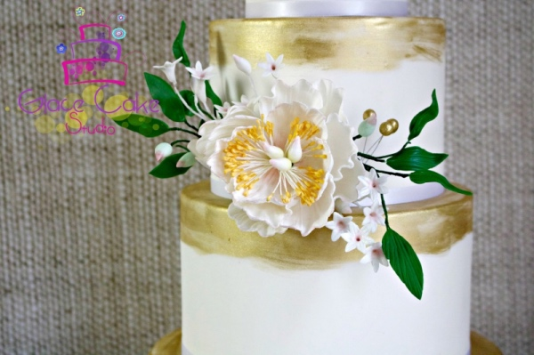 beautiful custom wedding cake Austin gold yellow